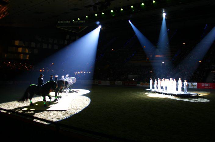Gemeinsam mit Friesen steppte Irish Fire in der Stadthalle in Wien, Oslo und Stuttgart